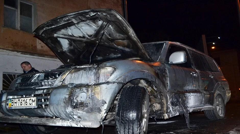 Вмашину лидера одесского «автомайдана» бросили «коктейль Молотова»