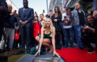 Полякова получила именную звезду на Площади славы